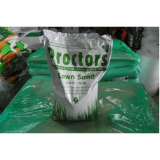 1 x 20kg Proctors Lawn sand contains nitrogen and iron